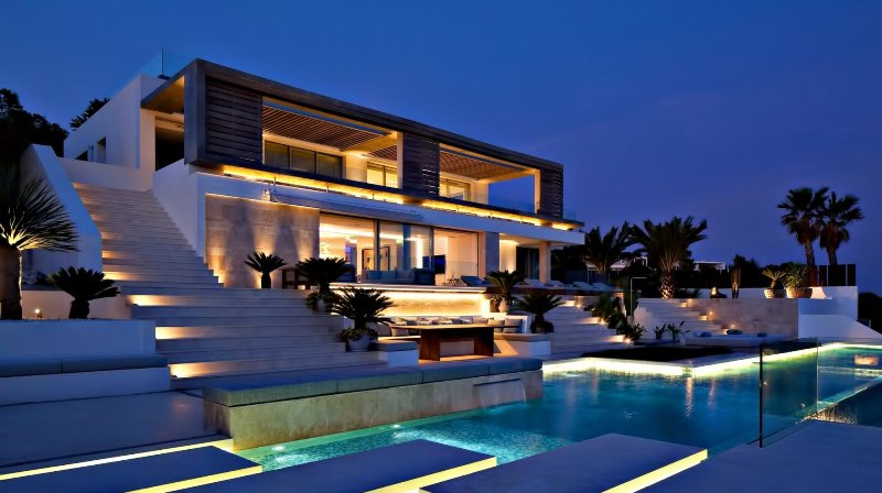 Various kinds of Luxury Homes